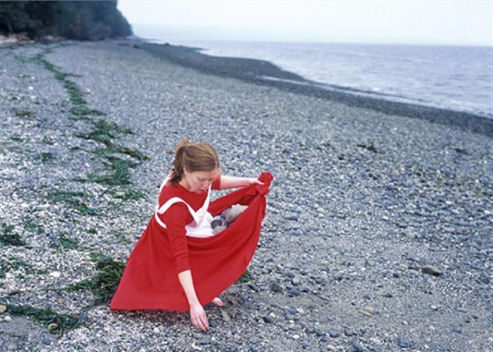 Margot Quan Knight – Beach (Collect)