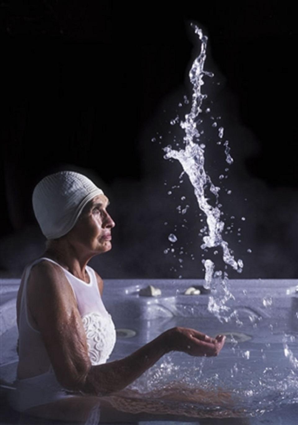 Margot Quan Knight – Hot Tub (Intervals)