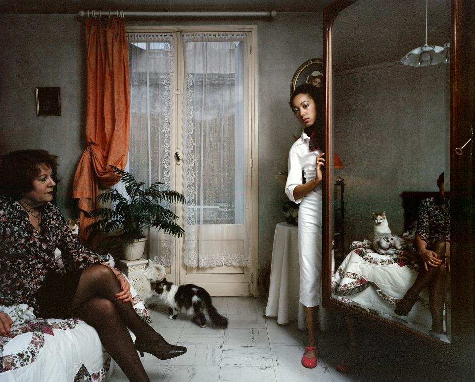 Aurore Valade – Grand miroir, Large Mirror. INTÉRIEURS AVEC FIGURES
