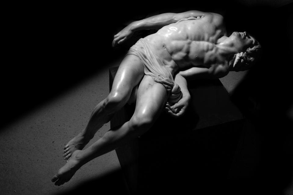 Fabio Viale – Souvenir (Pietà)